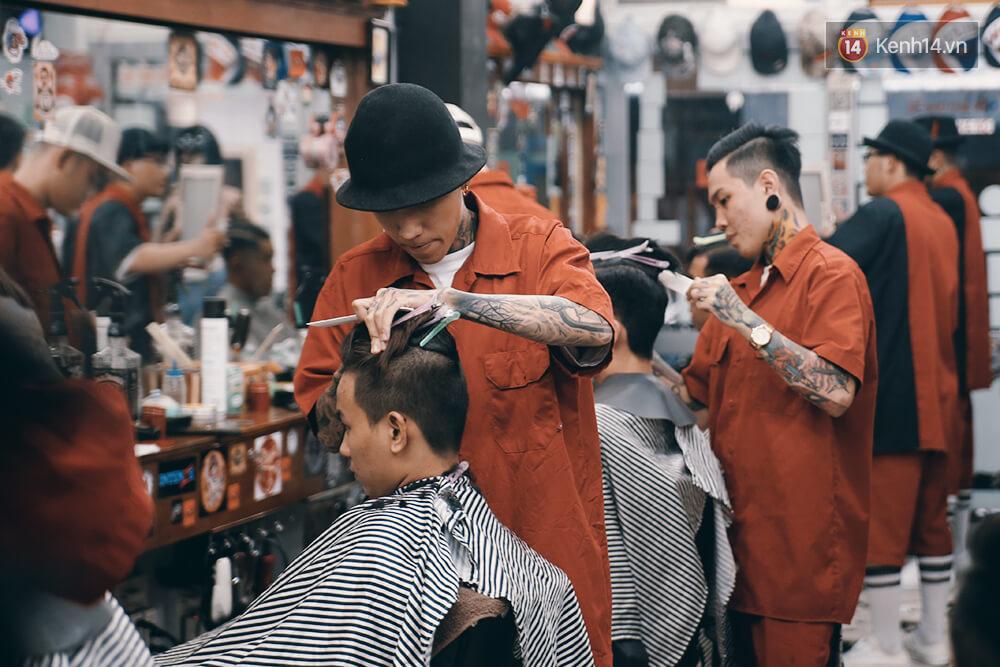 tiệm cắt tóc liêm barber shop